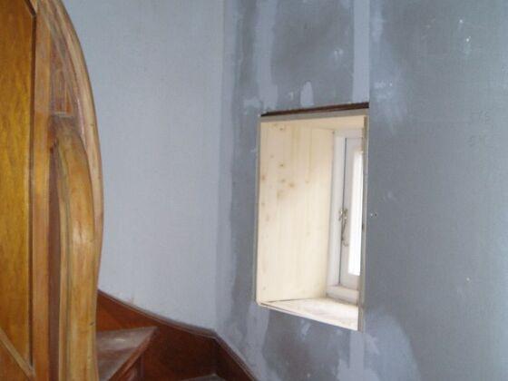 1 Flur Treppe 2